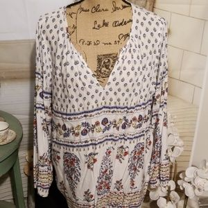Old Navy Floral Top Size XL